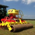 PS  M1 подсев луговых трав,  мелкосемянная сеялка APV, сеялка для подсева трав объём бункера 1600 л